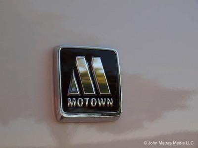 Chrysler_300_2013_MoTown-motownlogo.jpg